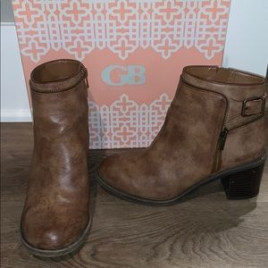 Gianni Bini Brown Booties
